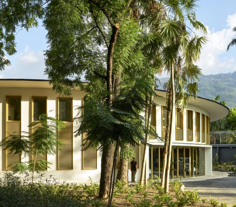 EA_AMB-FRANCE_HAITI_Michel_Denance_42