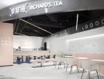 以现代感为主导的奶茶店设计