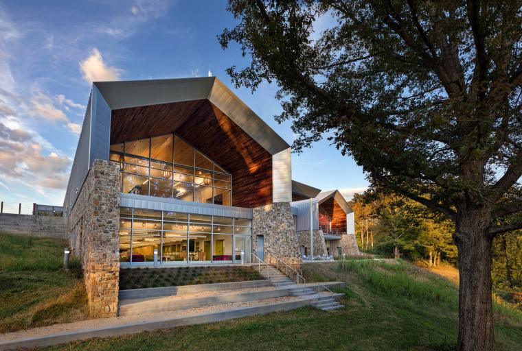 Varina地区图书馆资料下载-美国Varina地区图书馆