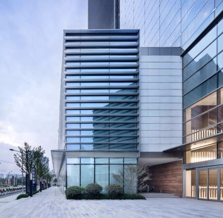 建筑师以集装箱为灵感,在魔都设计出一栋谦逊的办公楼_14