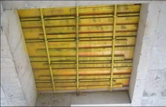 中建施工现场洞口、临边防护做法及图示!_10
