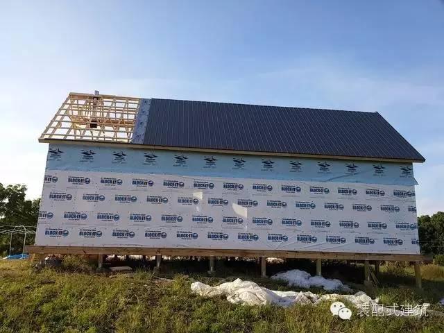 美国农村建房全程实拍——装配式木结构施工,速度快、性能好!_21