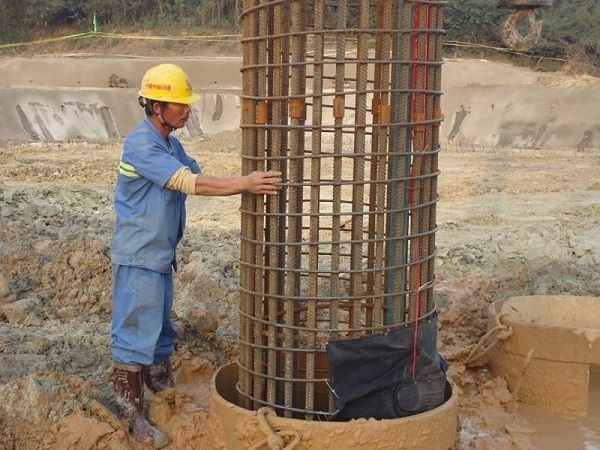 广场项目钻孔灌注桩基础施工方案