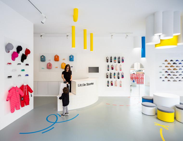 西班牙小故事概念鞋店-1