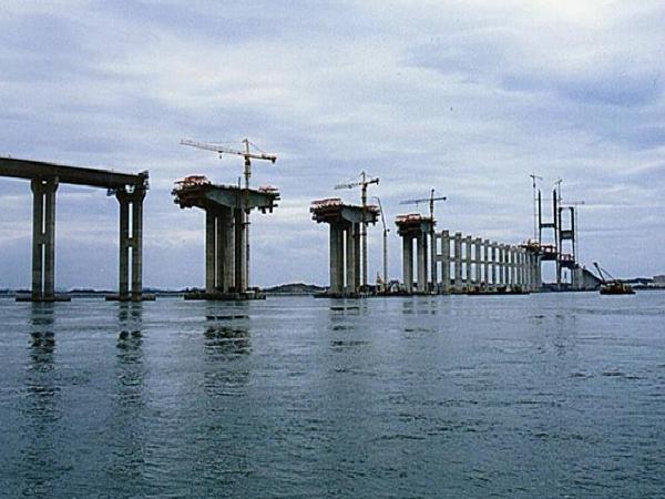 桥梁悬臂现浇法施工技术(ppt总结)