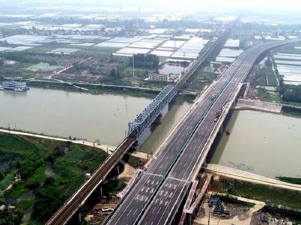 安徽首座波形钢腹板工艺桥梁即将通车