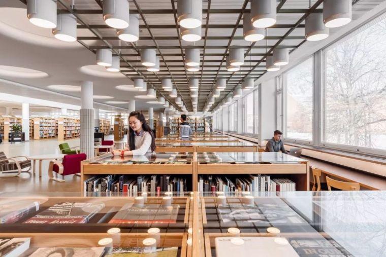 12座设计感超强的图书馆建筑!_5