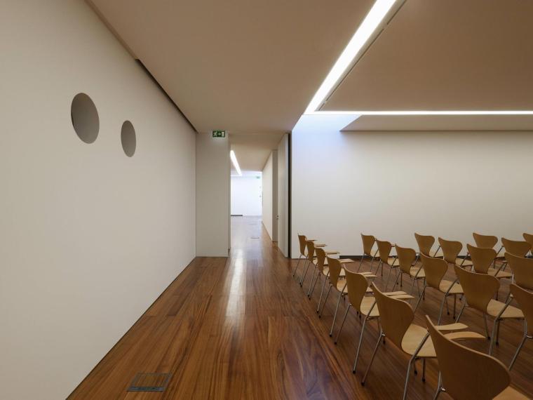 葡萄牙MiguelTorgaSpace文化中心_17