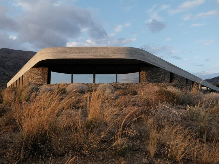 希腊环形混凝土屋