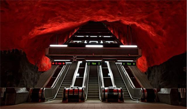 世界最美地铁景观,美到让你不想回家_2