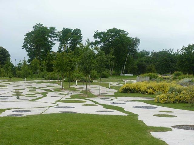 法国卢浮宫朗斯分馆公园景观设计_3