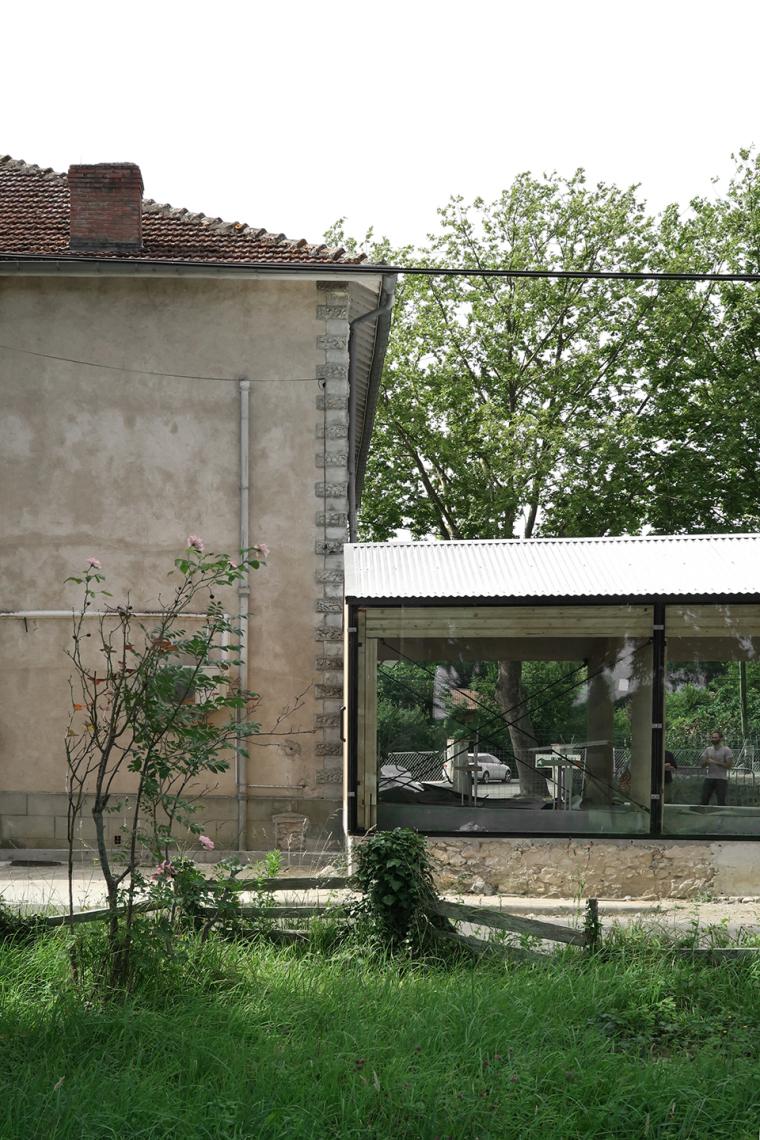 法国简洁木结构的学校食堂扩建-5