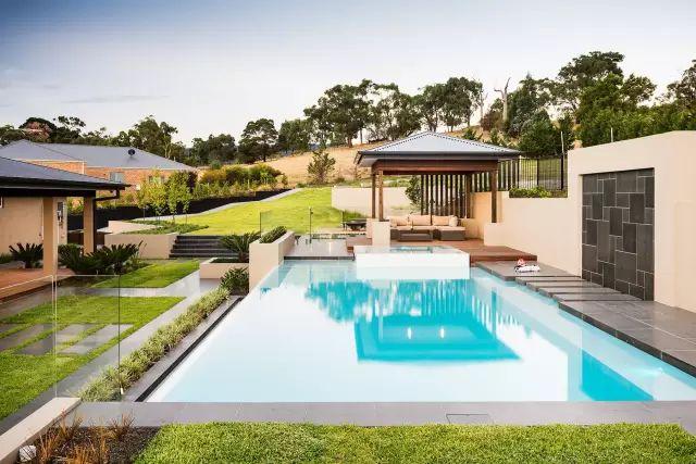赶紧收藏!21个最美现代风格庭院设计案例_47