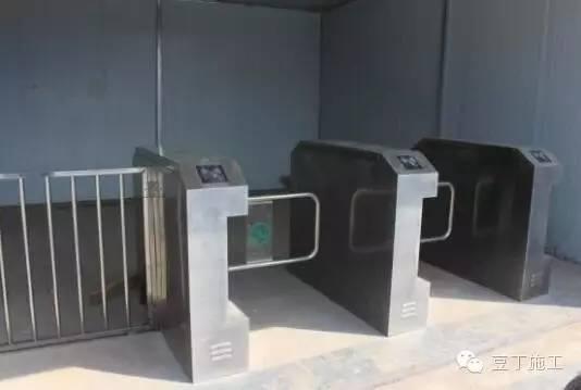 建筑施工丨中建内部安全文明施工样板工地_25