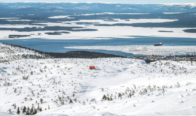 俄罗斯雪地上的DublDom预制观景屋-2