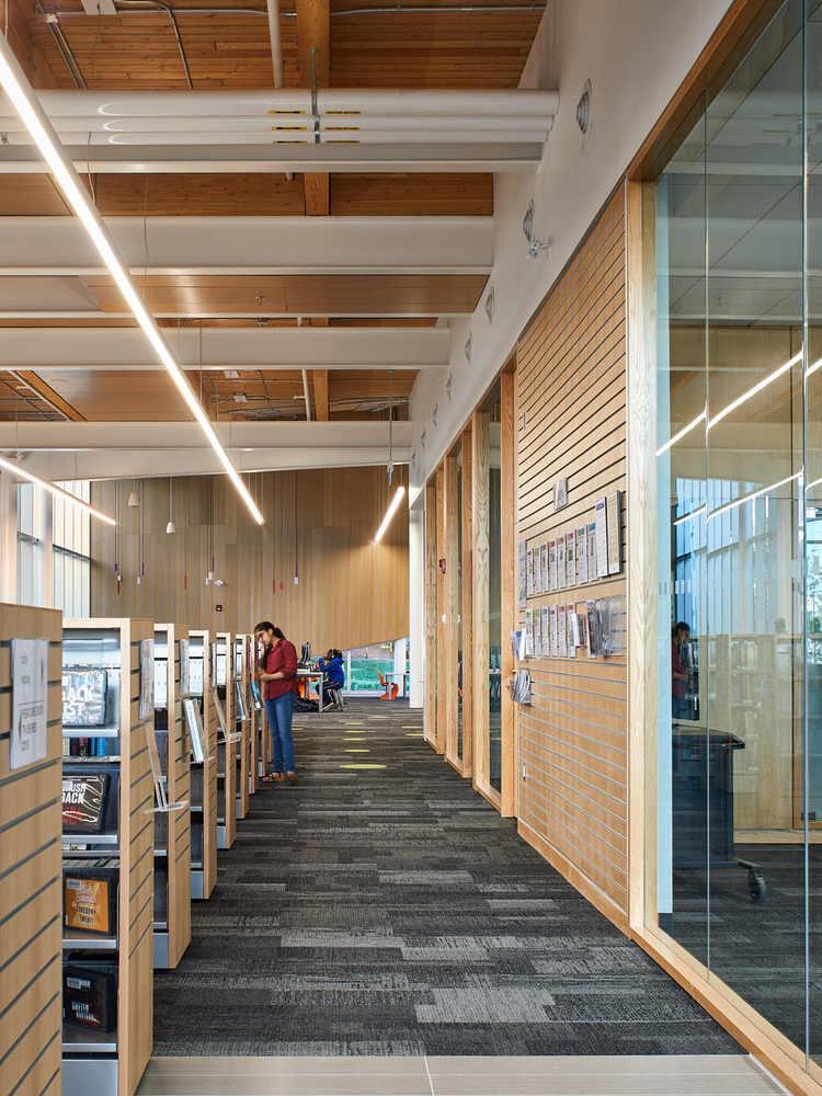 加拿大Albion图书馆-24