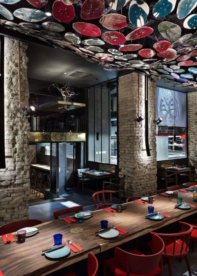 外国人设计的中餐馆竟也这么好看_21