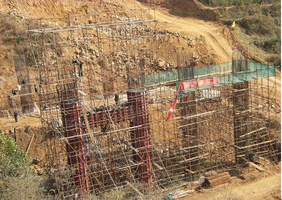 京承高速公路高架桥模板设计方案_2