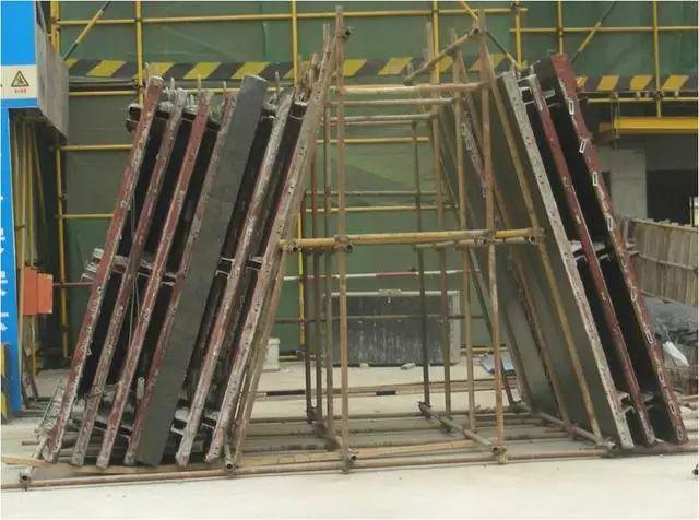 模板工程施工质量标准化图册,照着做就对了!_13