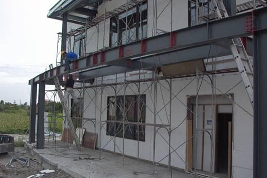 [行业资讯]用钢结构建造的被动式舒适节能房子_9