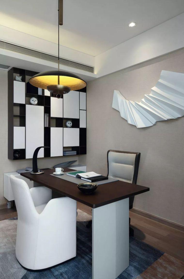 看看这两套样板房设计,用黑白灰勾勒出的简约风_54