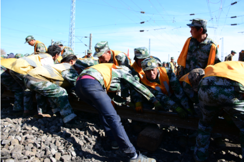 云南最大铁路枢纽昆明东站三级六场施工完美收官