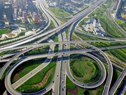 城市道路题库(含名词解释、单选、多选、简答题)