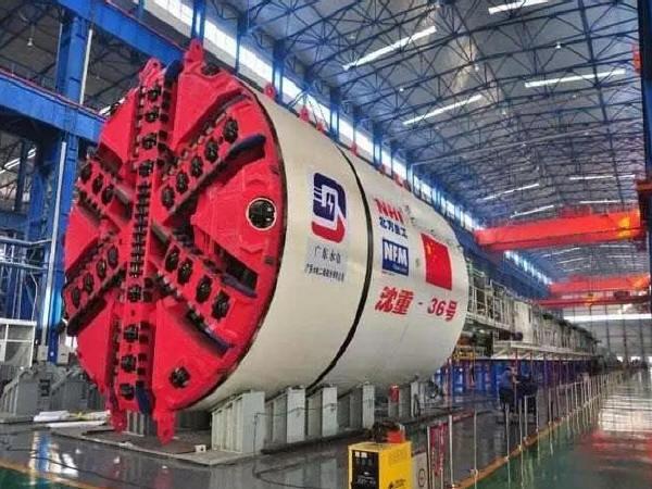 中国大型盾构隧道掘进机登场,打破国外垄断