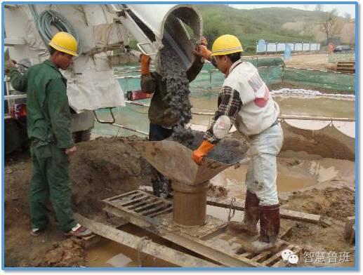 泥浆护壁成孔灌注桩施工看不到泥浆,是怎么做到的?