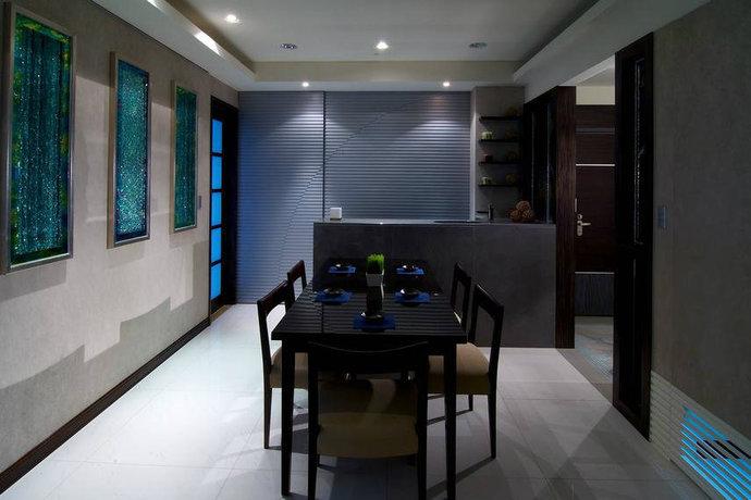 130平米二居室现代简约客厅背景墙设计效果图