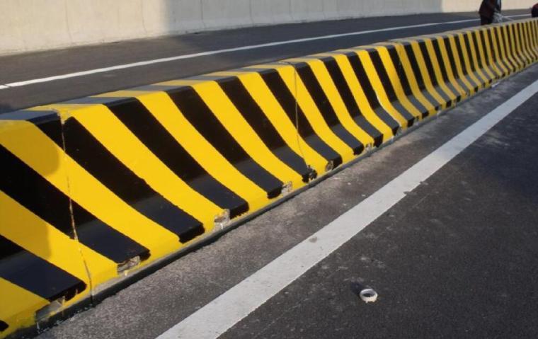 高速公路施工标准化技术指南(交通工程及安全设施)