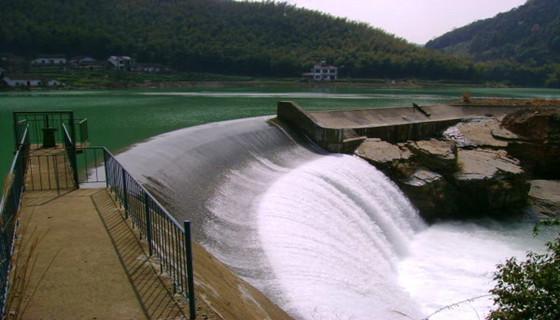 水库大坝病害分析及整治设计