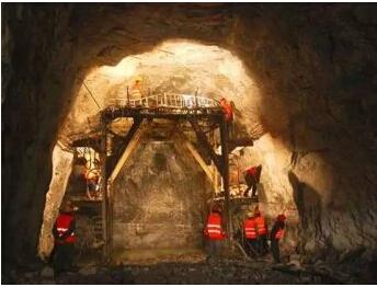 中国盾构、TBM 隧道修建技术现状和经验教训