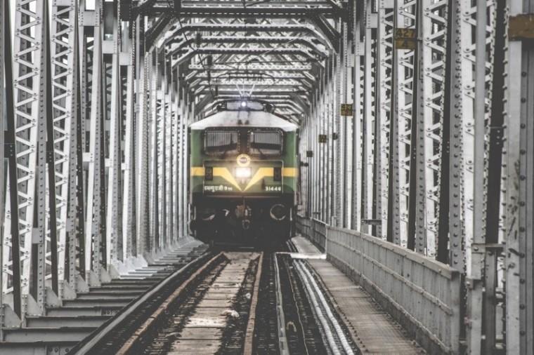 engines-engineer-railroad-track.jpg