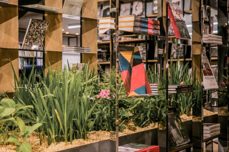上海Hauser与Wirth书店-4