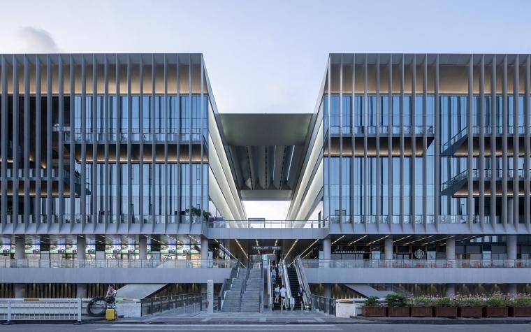 凤凰国际机场停车楼综合体-4