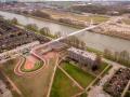 莱茵运河大桥上 Ω 形的自行车道