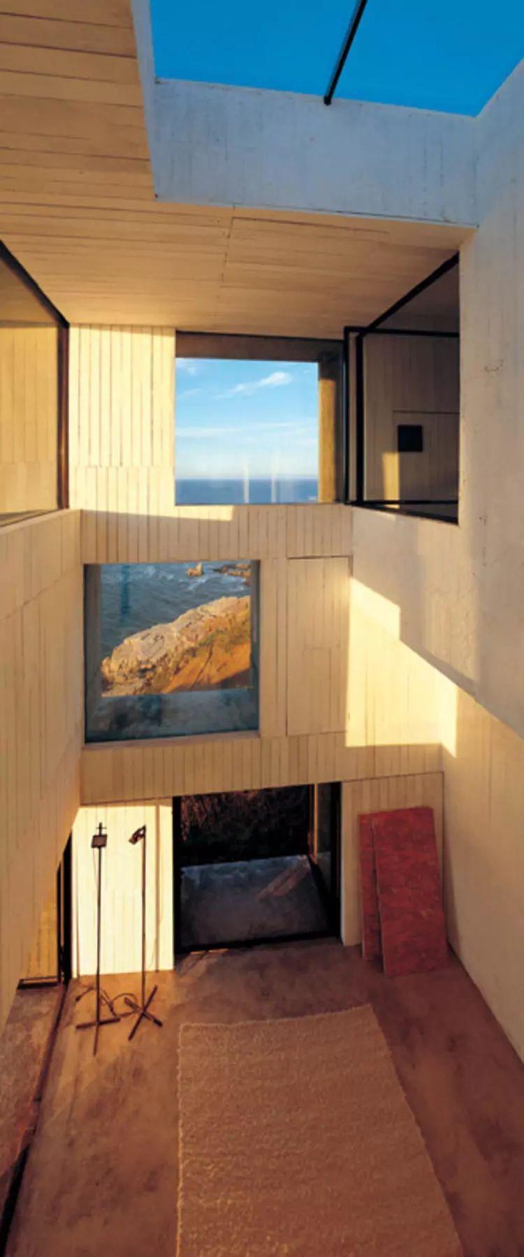 这个智利建筑事务所设计房子,几乎像是一场方形、圆形或其他元素_18
