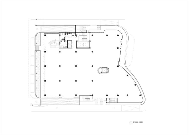 九转回环、流畅现代的车展大厅及办公楼设计_8