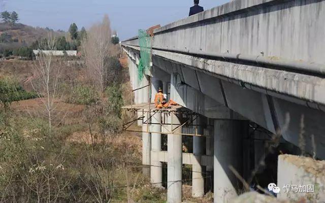 快看!高速公路桥梁维修加固方法