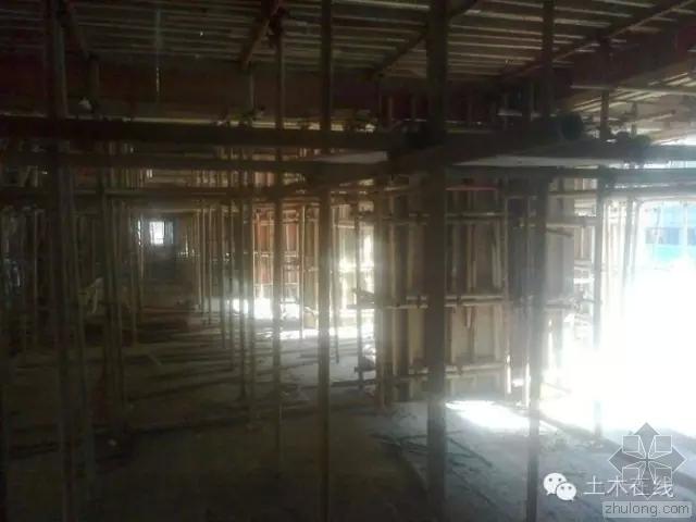 一栋房子是怎样从基础到封顶做起来的-1.webp