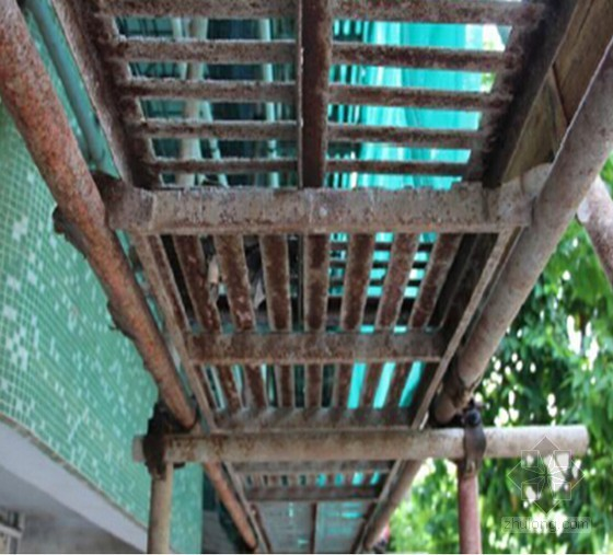 [广东]框剪结构高层住宅楼悬挑式脚手架施工方案(悬挑高度最大25.2m)