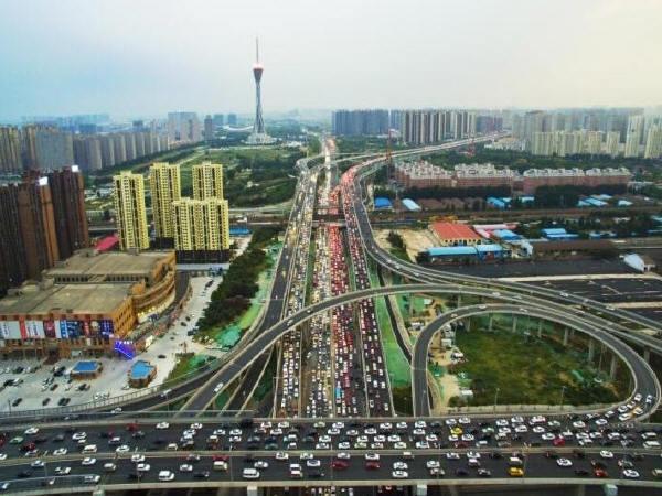 6.5亿立交桥通车即堵死  这就尴尬了!