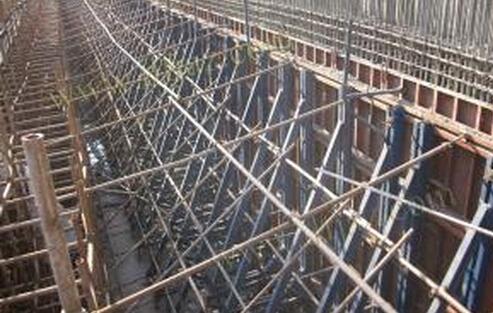 地铁车站主体结构模板工程施工安全措施