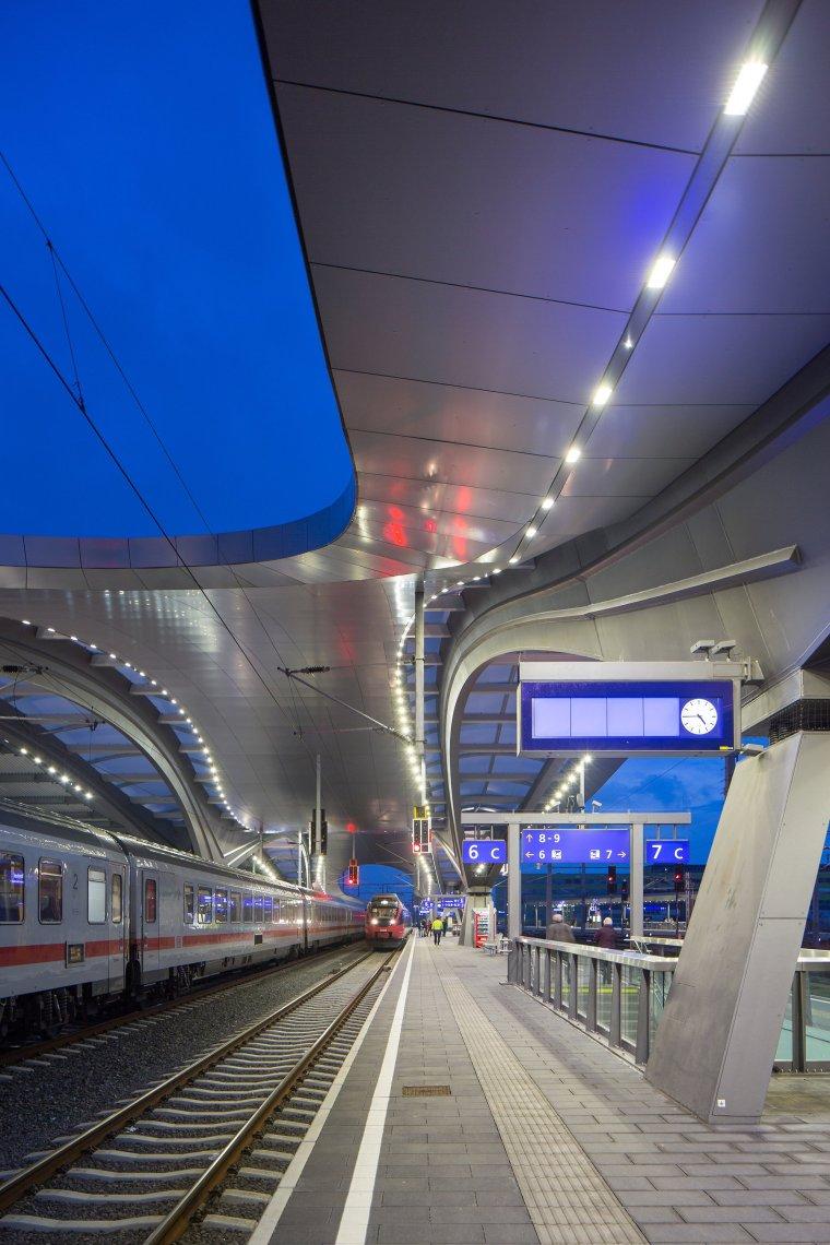 奥地利格拉茨火车站重建_11