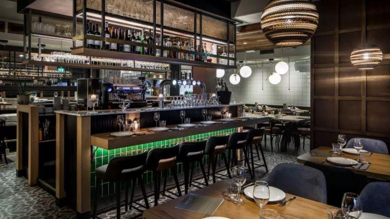 完备的西餐厅设计方案主要包括哪些方面呢?