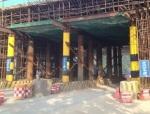 钢管立柱+型钢梁法施工跨路段现浇箱梁