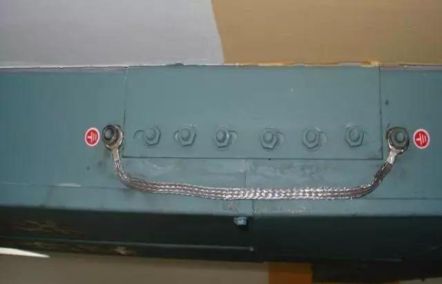 弱电桥架、强电桥架、母线槽、桥架安装详解!