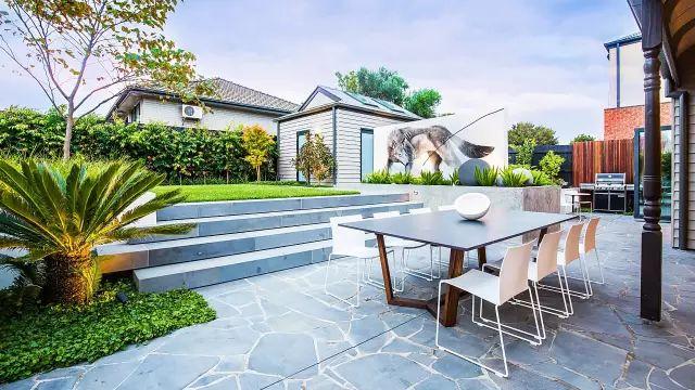 赶紧收藏!21个最美现代风格庭院设计案例_27