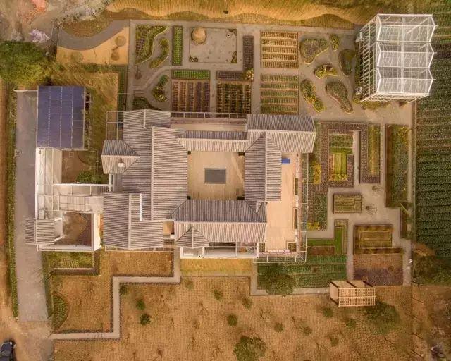 他建起这样一个农庄,将改变两三亿人的生活_17
